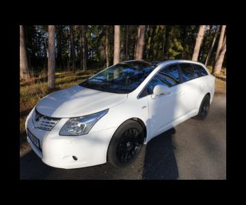 Toyota Avensis Premium 2.2